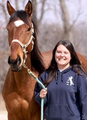 Mairi Matthews : Instructor & Farm Hand