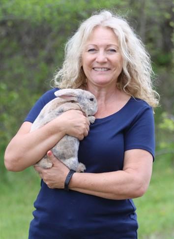 Hazel Keefner : Board Member